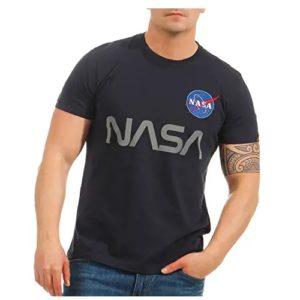 camiseta de la nasa negra con logo de la nasa en ropa de aliens en dealiens.shop