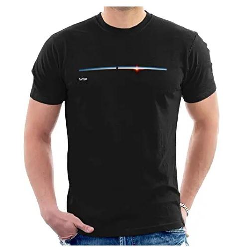 camiseta de la nasa satélite espacial en ropa de la nasa en dealiens.shop