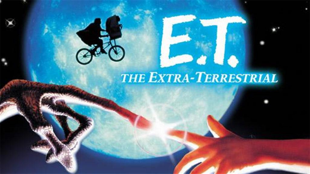 E.T. El extraterrestre  en categoria películas de extraterrestres