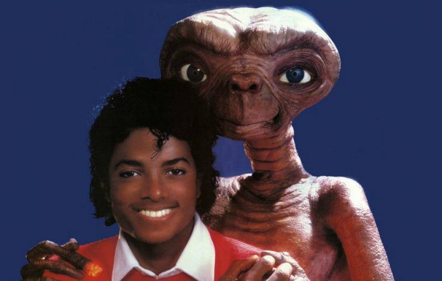 E.T, el extraterrestre con Michael Jackson