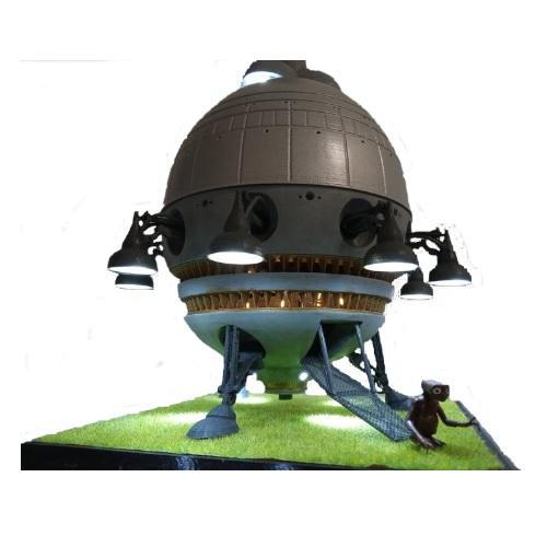 Nave extraterrestre E.T, figura de E.T. Ovni