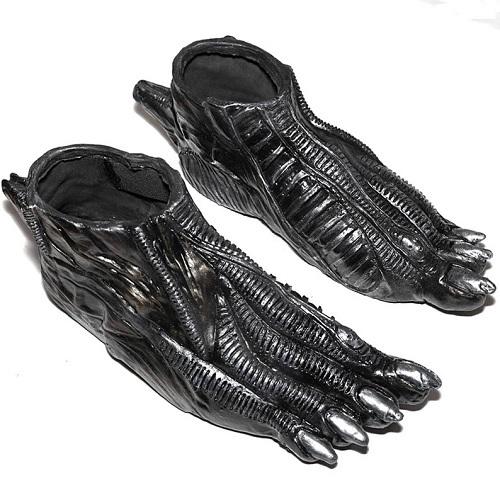 disfraz de alien pies xenomorpho